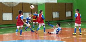 Футбольная лiга збiрае юных