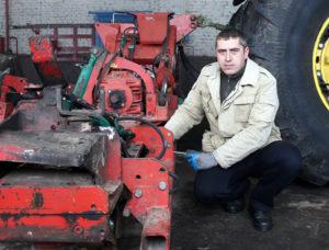 Зимний ремонт – гарантуспешных весенних работ
